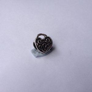 1 Metal heart charm