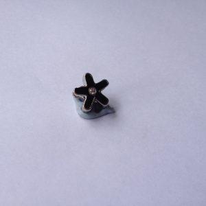 1 Black flower charm