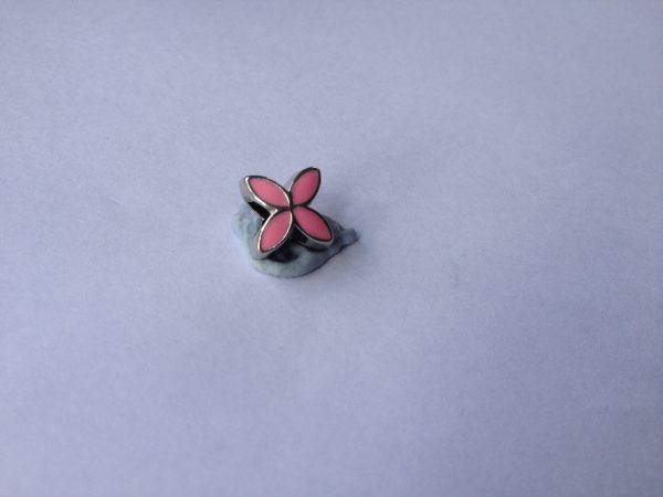 1 Pink flower charm