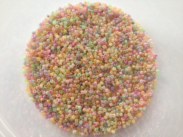 Pastel seed beads 2mm