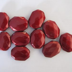10 Red faceted rectangles