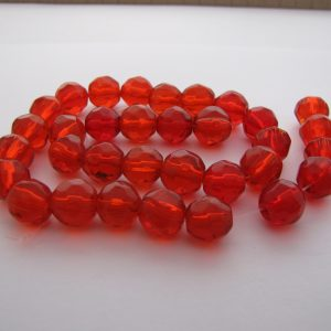Red faceted beads 1 Strand