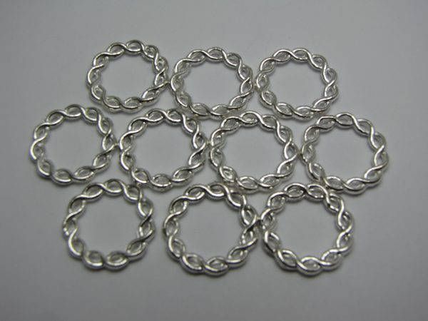 Twisted metal rings 20mm