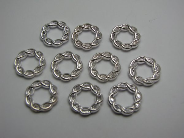 Twisted metal rings 15mm