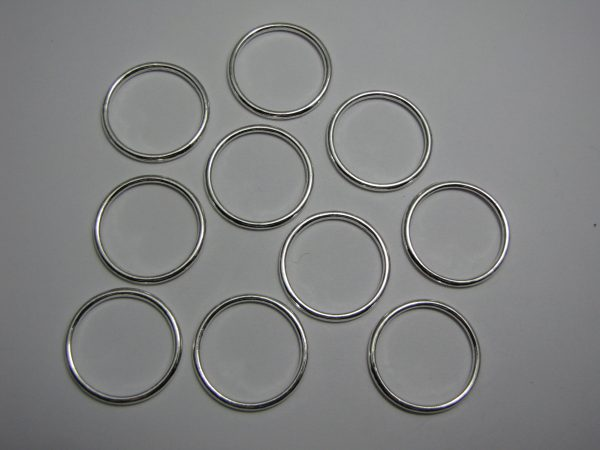 10 Metal rings 24mm