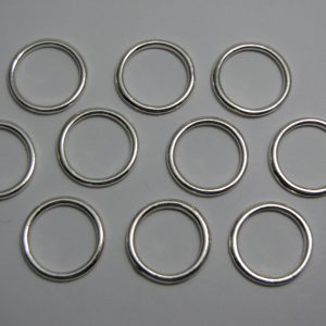 10 Metal rings 18mm