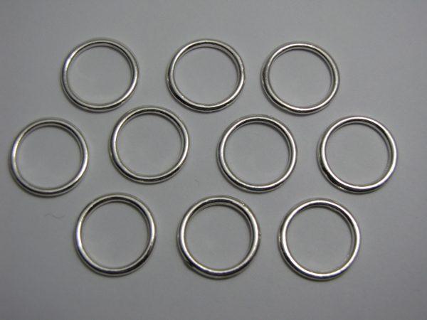 10 Metal rings 18mm
