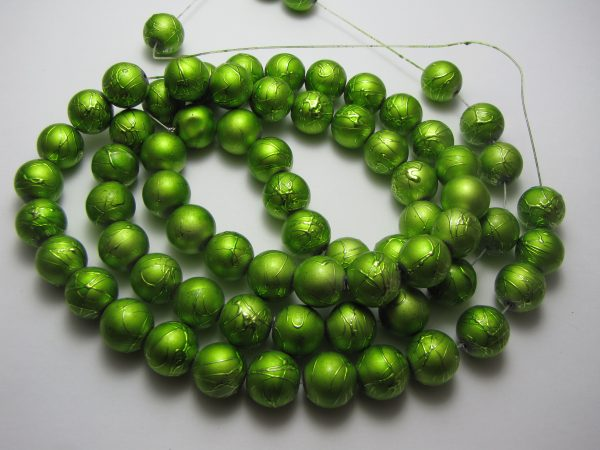 Green painted beads 12mm