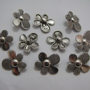 10 Silver metal flower charms