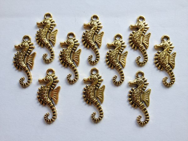 10 Gold metal seahorse charms