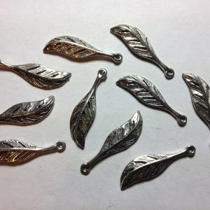 10 Silver metal feather charms