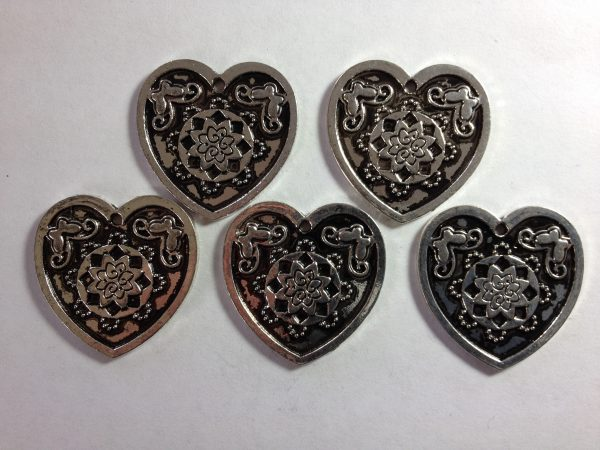 5 Silver metal heart charms