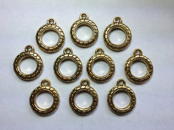 10 Gold metal round charms